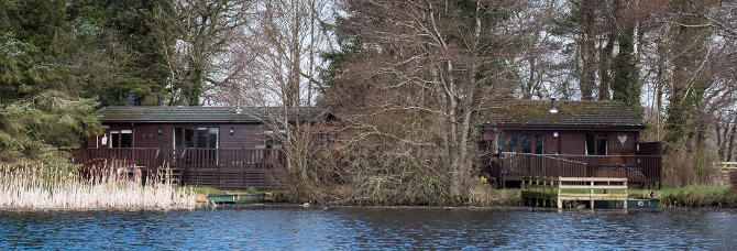 Buzzard and Chiffchaff lodge - privacy at the Tranquil Otter