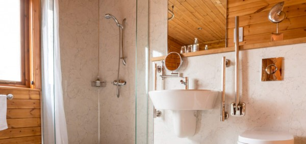 Dunnock Luxury Lodge at the Tranquil Otter