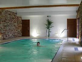 Things to do - swimming at Orton Grange