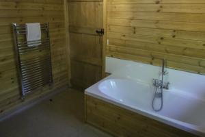 Bathroom_Gadwall_Lodge1