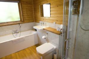 Bathroom_Heron_Lodge1