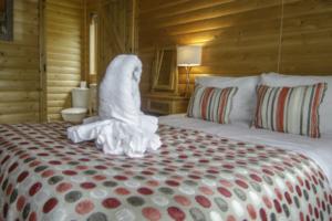 Bedroom_ensuite_Heron_Lodge11