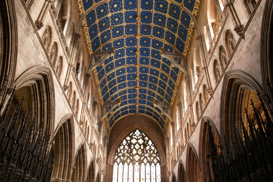 The nave at Carlisle Cathedral - The Tranquil Otter