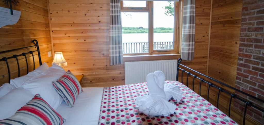 Chiffchaff Lodge Picture Gallery The Tranquil Otter