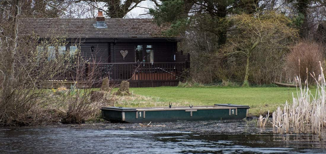 Dunnock Lodge - Sleeps 4 The Tranquil Otter