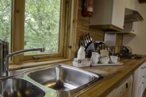Kitchen_Heron_Lodge1