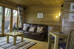 Lounge_Chiffchaff_Lodge1