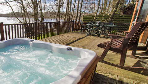 Luxury Lodges Lake District with hot tub - The Tranquil Otter The Tranquil Otter
